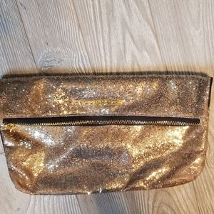⭐VICTORIA'S SECRET GOLD SEQUINED ZIPPERED CLUTCH